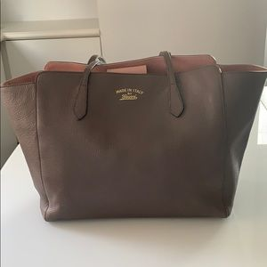 Gucci calfskin leather swing tote taupe/pink LRG